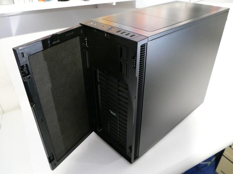 PC Eigenbau: PC Gehäuse von außen